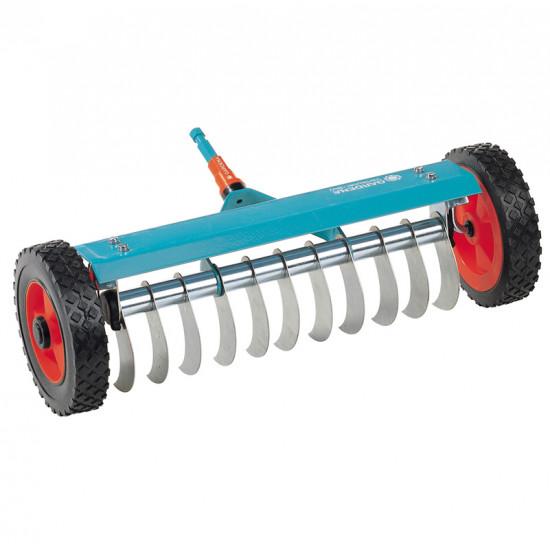 Scarificateur sur roues combisystem de Gardena - Arrosage goutte à goutte dans Combi-system de Gardena