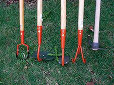 binette et desherbeur manuelle - jardinerie - gironde