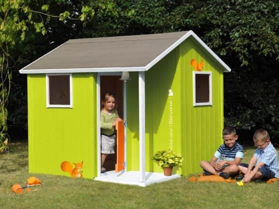 Maisonnette de jardin pour enfant feber chalet maison de for Maison moderne feber